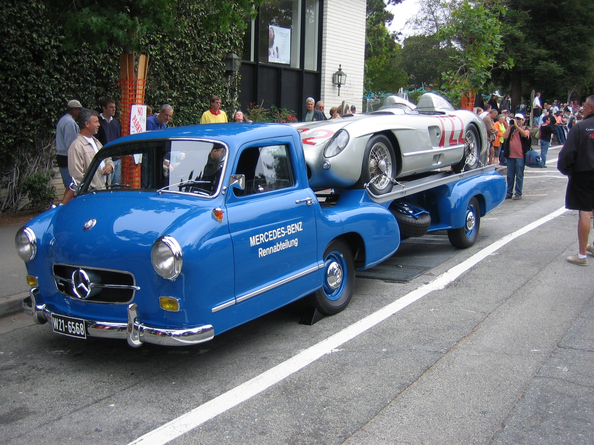 mercedes car hauler | themovement.com